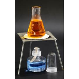 Szklany palnik spirytusowy z trójnogiem i płytką