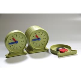 Zegar dla ucznia na ławkę nauka czasu